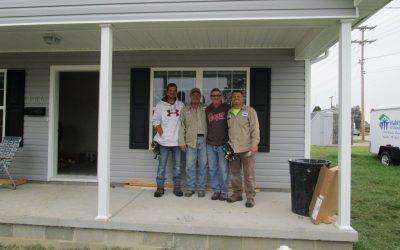 Beltline volunteers for Habitat